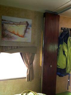 3 panel door instead of accordion door. | RV Life | Pinterest | Bunk ...