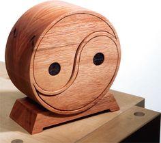 Finished Eucalyptus wood bandsaw box project - PDF *****