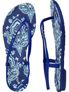 Loving these fun summer sandals from Old Navy! -- Only $10! @zuuzs and @zuuzStyle