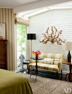 A Glamorous Home in the Hollywood Hills: Guest Room