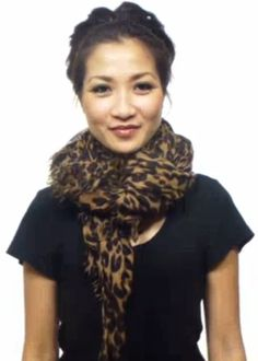 VIDEO: 25 Different Ways to Wear a Scarf