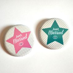 2 Badges Couple Mariage / Just Married