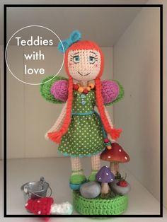 Teddies with love Crochet Toys, Dolls, Baby, Inspiration, Christmas Knitting, Amigurumi, Tejidos, Baby Dolls, Biblical Inspiration
