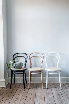 No 14 stol, natur/rotting – Ton – Kjøp møbler online på Furniture Makeover, Home Furniture, Furniture Design, Bentwood Chairs, Dining Chairs, Bistro Chairs, Ton Chair, Apartment Interior, Interior Livingroom