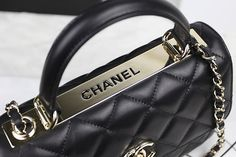 Chanel reintroduced the Trendy CC Tote for the Cruise 2015 Collection. It just likes a briefcase but so-much more thrilling, quilted and functional, with much more spaces than we could wish. http://www.luxtime.su/chanel-bags/chanel-trendy-cc-flap-bag-c67088Ablack