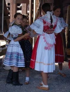 Hrinova, Slovensko Anton, Shirt Dress, Summer Dresses, Shirts, Fashion, Moda, Shirtdress, Summer Sundresses, Fashion Styles