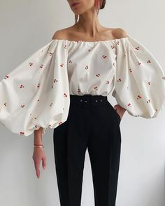 clothes fashion the fit outfit ideas inspiration model t-shirt long-sleeve pants jeans khakis leather suede polyester cotton straps tie zipper Classy Outfits, Stylish Outfits, Cool Outfits, Aesthetic Clothes, Aesthetic Outfit, Fashion 2020, Types Of Fashion Styles, Pretty Dresses, Korean Fashion