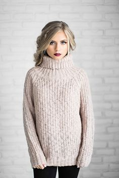 shop jessakae, sweaters, turtleneck, blush sweater, blush, mauve, holiday hair, holiday makeup, vivian makeup artist, ribbed sweater, womens fashion, ootd, style, fashion