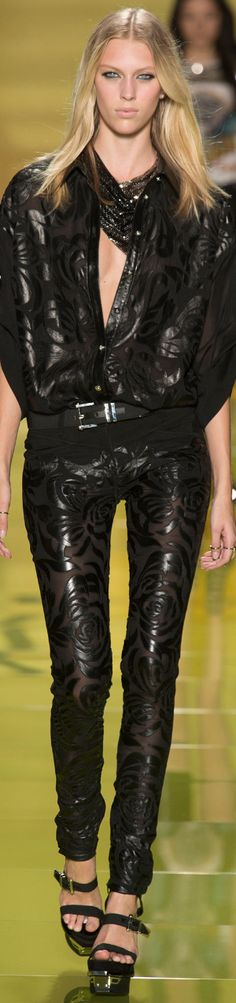 MILAN FASHION WEEK.....VERSACE Spring 2014 Ready-To-Wear