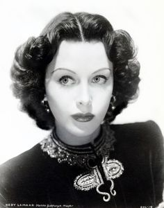 Hollywood Classics, in Black & White. Hooray For Hollywood, Golden Age Of Hollywood, Hollywood Glamour, Classic Hollywood, Hedwig, Female Actresses, Actors & Actresses, Hedy Lamarr, Star Wars