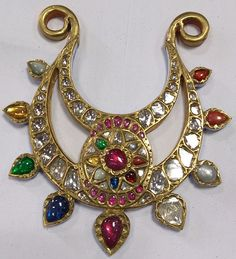 #kundan, #goldjewelry, #indianjewelry, #indiangems, #shaadijewelry, #shaadi