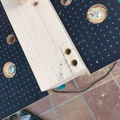 Oro y Menta: Como hacer una mesa de comedor de exterior DIY Cufflinks, Accessories, Exterior, Gardens, Diy Projects, Dining Table, Mesas, Gold, Furniture