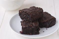 Dr. Joel Fuhrman's Fudgy Black Bean Brownies and Banana Treat | The Dr. Oz Show (Not paleo, but close enough! :) )