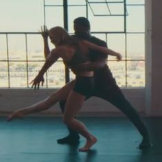 Pin for Later: If This Video Doesn't Make You Want to Dance, Get Your Pulse Checked
