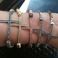 Such a cute bracelet! ❤