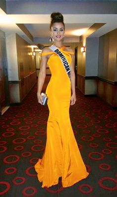 Clarissa Molina, Miss Universe Dominican Republic 2015, yellow satin evening dress with strap detail (2015 Miss Universe Pageant)