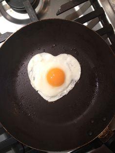 I love egg Indian Food Recipes, Healthy Recipes, Snap Food, Cant Stop Eating, Biryani Recipe, The Breakfast Club, Keto Snacks, I Love Food, No Bake Cake