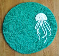 Best Braided Hand Made Round Bath Rug With Jellyfish Decor