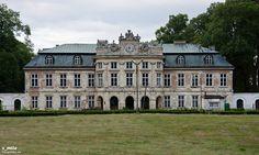 Dembinski palace Szczekociny, Poland. Monuments, Visit Poland, Palace Garden, Royal Residence, Castle House, Mansions Homes, Country Estate, France, Architecture