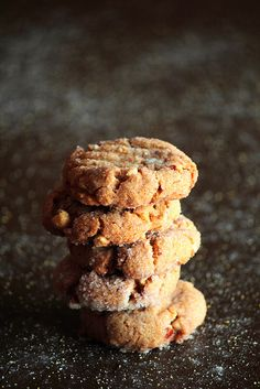 [gluten free] peanut butter cornmeal cookie