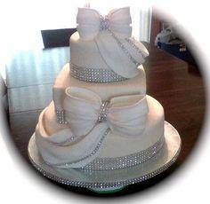 Diamonds and Rhinestones wedding cake ~ fabulous design!