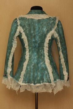 Arabella / NunoFelted Clothing / Jacket by LybaV on Etsy, $500.00 esta es para mi una artista magnifica creativa y maravillosa