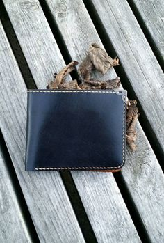 Check out this item in my Etsy shop https://www.etsy.com/nl/listing/256367318/christmas-gift-leather-wallet-luxury