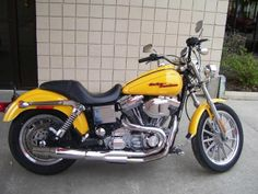 2005 Harley-Davidson FXDC DYNA SUPER GLIDE CUSTOM Standard , Metallic Yellow, 6,500 miles for sale in New Haven, WV