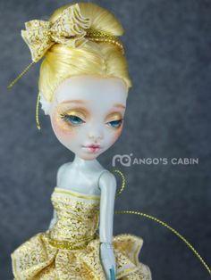 "Monster High Repaint Custom OOAK Golden ""Grace"" by Mango's Cabin"