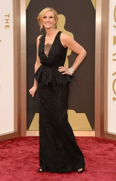 Julia Roberts, in Givenchy, attends the Oscars held at Hollywood & Highland Center on March 2, 2014 in Hollywood, California. (Photo by Frazer Harrison/Getty Images)