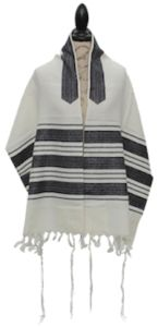 Judaica Trends is the one of the best online store for a Jewish tallit & prayer shawl. We have top quality, design, service and price guarantee. visit our website for more information.