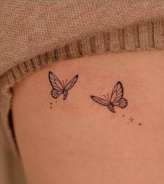 Bff Tattoos, Mini Tattoos, Cute Hand Tattoos, Dainty Tattoos, Pretty Tattoos, Small Tattoos, Best Friend Tattoos, Simple Butterfly Tattoo, Butterfly Tattoo On Shoulder