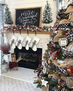 My buffalo check Christmas tree was so fun to decorate this year! Christmas Mantels, Plaid Christmas, Christmas 2019, All Things Christmas, Christmas Home, Christmas Holidays, Christmas Wreaths, How To Decorate For Christmas, Christmas Ornaments