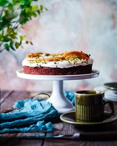 Domáca vianočka - Coolinári | food blog Cake, Mini, Blog, Basket, Dulce De Leche, Kuchen, Blogging, Torte, Cookies
