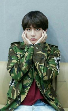 v, bts, and taehyung image Jimin, Jhope, Bts Bangtan Boy, Foto Bts, Bts Photo, Namjoon, Kim Taehyung, Billboard Music Awards, Bts Kim