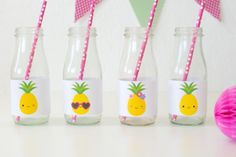 'Party like a Pineapple' Party Ideas + FREE printables Pina Colada Cupcakes, Pineapple Cupcakes, Pineapple Face, Cute Pineapple, Pineapple Ideas, Refreshing Summer Drinks, A Little Party, Party Garland, Summer Crafts