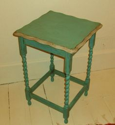 Another cute little table painted with Annie Sloan Chalk Paint™, Antibes Green