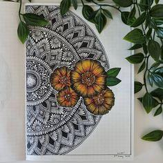 Mandala Book, Mandala Art Lesson, Mandala Artwork, Mandala Painting, Worli Painting, Dark Art Illustrations, Art Drawings Sketches Simple, Mandala Sketch, Easy Mandala Drawing