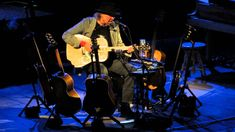 """Neil Young - Southern Man - Carnegie Hall - This song was written criticizing """"typical"""" Southern men of the 1960s"""