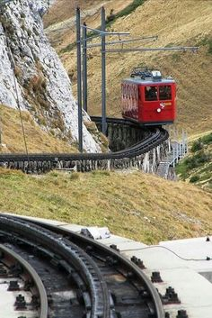Pilatus Bahnen (PB) Bhe at Luzern, Switzerland by Markus Gmür -- Railcar from Pilatus Kulm meters over sealevel) to Alpnachstad leaves the upper station downhill, that's why the pantograph is not in use Glacier Express, Train Miniature, Swiss Travel, Rail Transport, Bonde, Rail Car, U Bahn, Old Trains, Light Rail