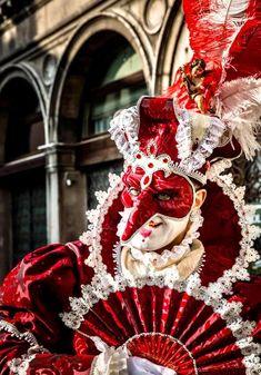 Venice Carnivale, 4th Of July Wreath, Christmas Wreaths, Holiday Decor, Home Decor, Venetian, Decoration Home, Room Decor, Home Interior Design