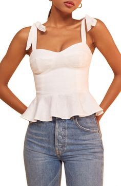 New Reformation Kassi Tie Shoulder Tank Top online shopping - Theperfectclothing : Teen Fashion Outfits, Look Fashion, Casual Outfits, Summer Outfits, Fashion Clothes, Fashion Women, Reformation Clothing, Jugend Mode Outfits, Tops Online Shopping
