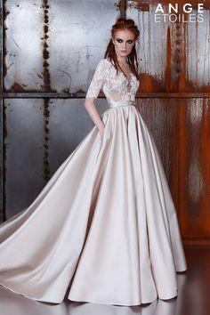 Королевское свадебное платье Sibilla с атласной юбкой и рукавами | Свадебный салон ROMANCE