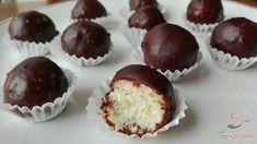 Nejjednodušší a nejlepší karamelový krém připraven za pár minut – RECETIMA Donut Recipes, My Recipes, Cake Recipes, Christmas Sweets, Christmas Baking, Chocolate Balls Recipe, Bounty Chocolate, A Food, Food And Drink