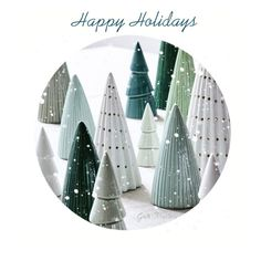 un décor de Noël scandinave Successful Scandinavian Christmas decoration - Catalogue Sostrene GreneSuccessful Scandinavian Christmas decoration - Catalogue Sostrene Grene Ceramic Christmas Decorations, Scandinavian Christmas Decorations, Ceramic Christmas Trees, Tree Decorations, Whimsical Christmas, Fireplace Decorations, Christmas Gifts For Mum, Christmas Clay, White Christmas