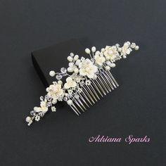 La flor nupcial peine Allison pelo peine por AdrianaSparksBridal