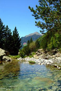 Parc Nacional d'Aigüestortes i Estany de Sant Maurici Lleida Catalonia