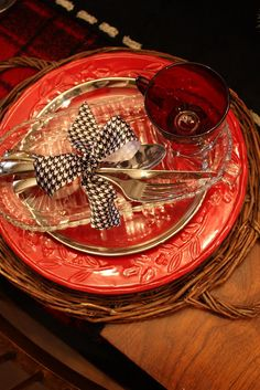 Sweet Something Designs: Hounds Tooth Holiday