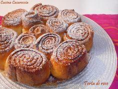 Torta di rose una ricetta dolci semplice e facile da preparare di grande effetto in tavola un classico sempre richiesto ad una festa o ad una cena tra amici
