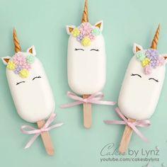 Unicorn Cakesicle / Popsicle Tutorial – Cakes by Lynz Cake Pop Decorating, Cake Decorating Videos, Cake Decorating Techniques, Cakepops, Paletas Chocolate, Unicorn Cake Pops, Patisserie Fine, Magnum Paleta, Cake Pop Tutorial